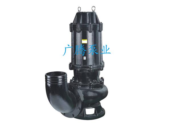 一、WQ型潜水排污泵(移动式)产品概述及用途 WQ型潜水排污泵(移动式)该泵采用旋流式的下吸结构,具有不怕堵塞,耐磨损、运行可靠、维修方便、排水彻底,适用范围广泛等突出优点。WQ型潜水排污泵(移动式)还采用不锈钢叶轮及国内最先进的机械密封装置,使用寿命达8000小时以上。 WQ型潜水排污泵(移动式)广泛适用于抽送排放工业与生活废水、污水,包括含有纸浆、木榍、淀粉、泥砂、碎石、短纤维等渣浆,固体的也液体及尿粪等,是工业、农业、城市、建筑行业理想的给排污水工具。 特别是无堵塞型污水泵,能排放液体中的杂质含量比